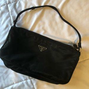 Mini Prada bag ♥️